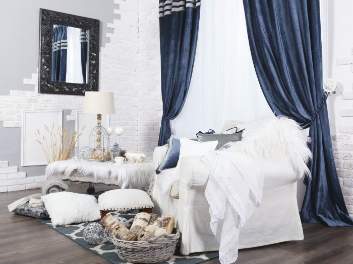 blue-curtains-3