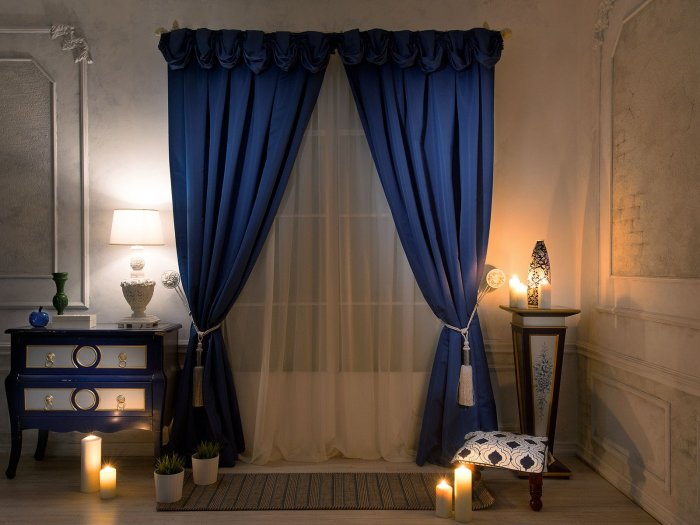 blue-curtains1