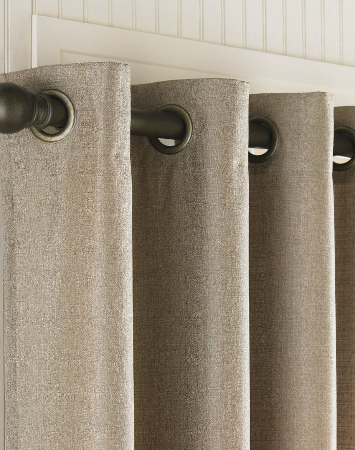 curtains-on-the-grommet-5-2