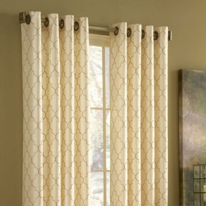 curtains-on-the-grommet-5-4