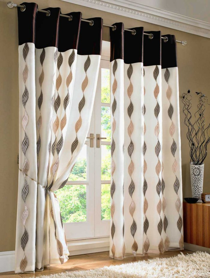 curtains-on-the-grommet-7