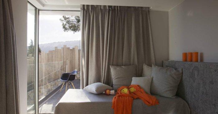 grey-curtainsf-ro
