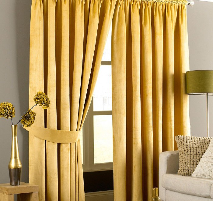 yellow-curtains-1-4