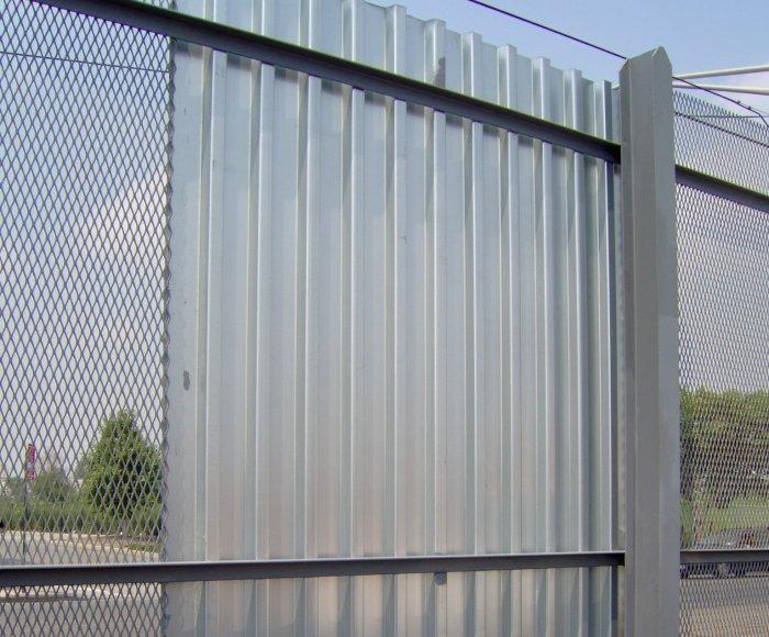 Забор из профнастила (24)