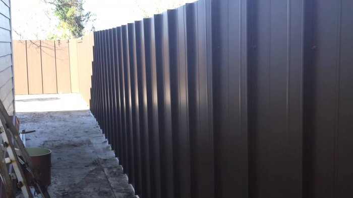 Забор из профнастила (35)