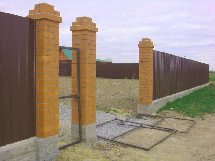 Забор из профнастила (55)