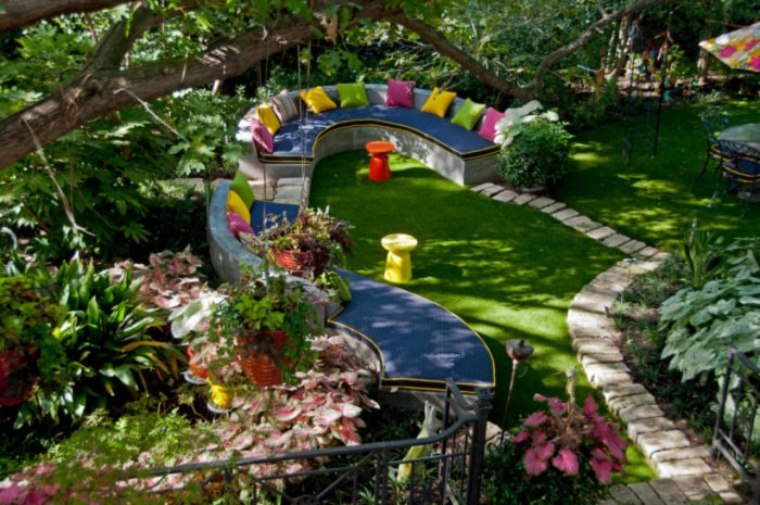 Обустройство двора частного дома (10)
