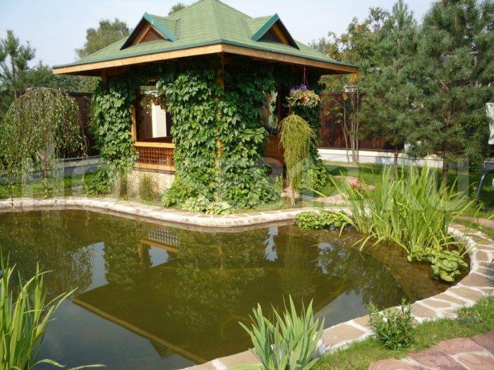 Обустройство двора частного дома (11)