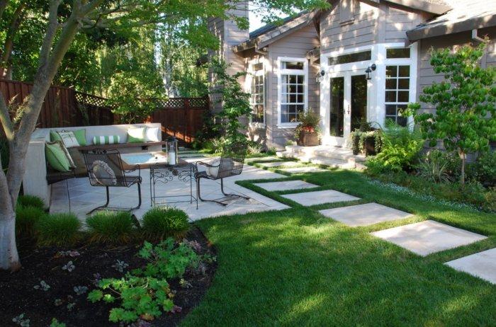 Обустройство двора частного дома (12)
