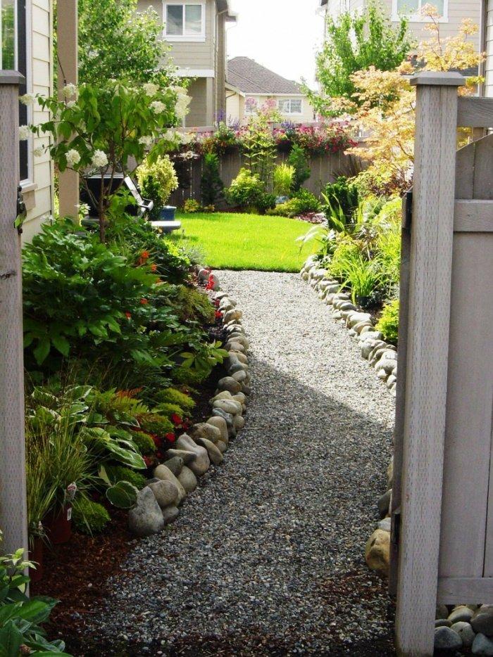 Обустройство двора частного дома (45)