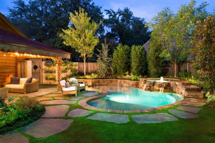 Обустройство двора частного дома (62)