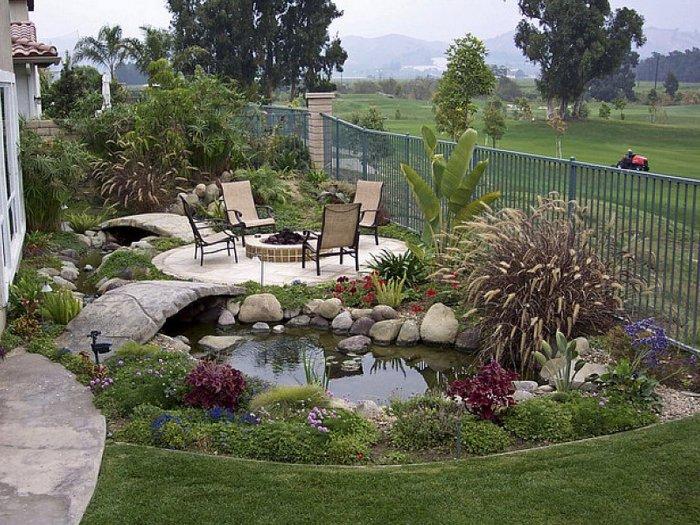 Обустройство двора частного дома (70)