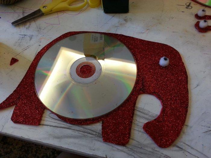 Поделки из дисков (23)