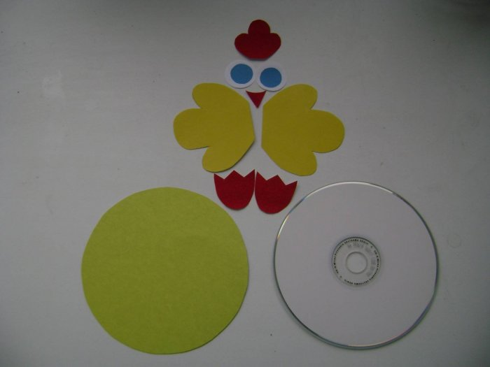 Поделки из дисков (25)