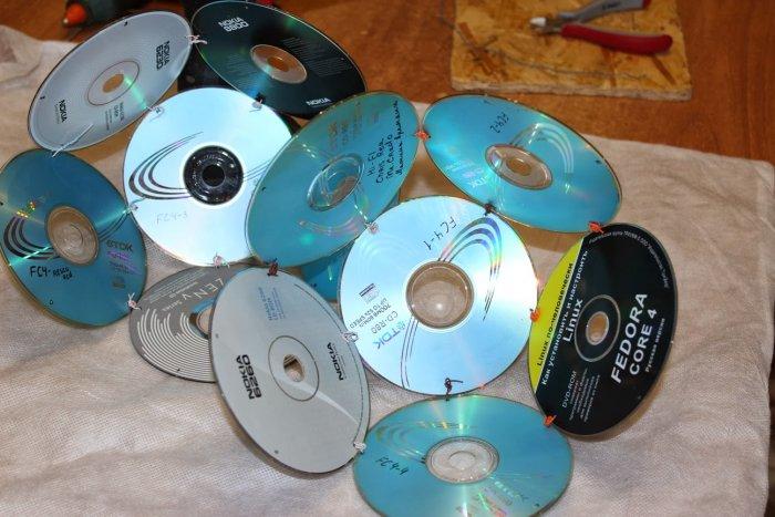 Поделки из дисков (5)