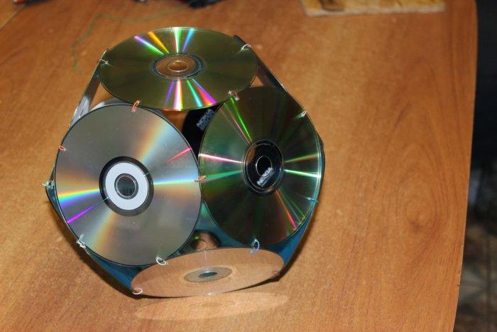 Поделки из дисков (9)