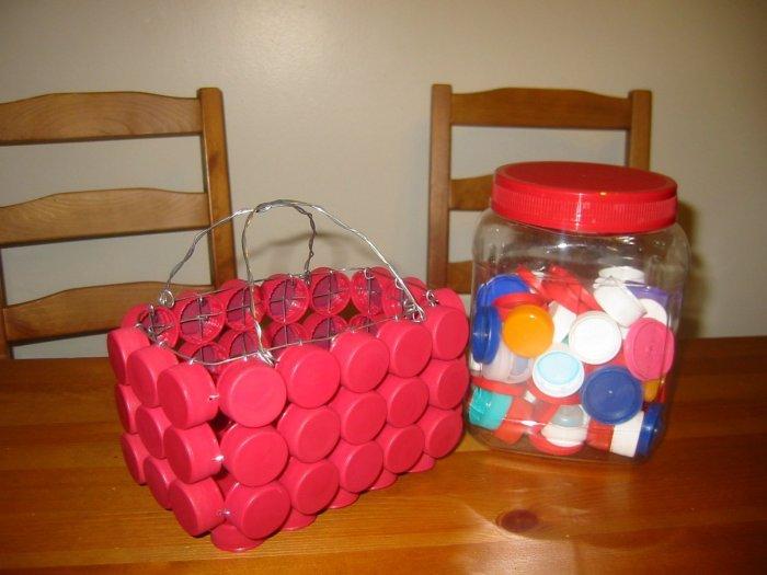 Поделки из пластиковых бутылок для дома и дачи (2)