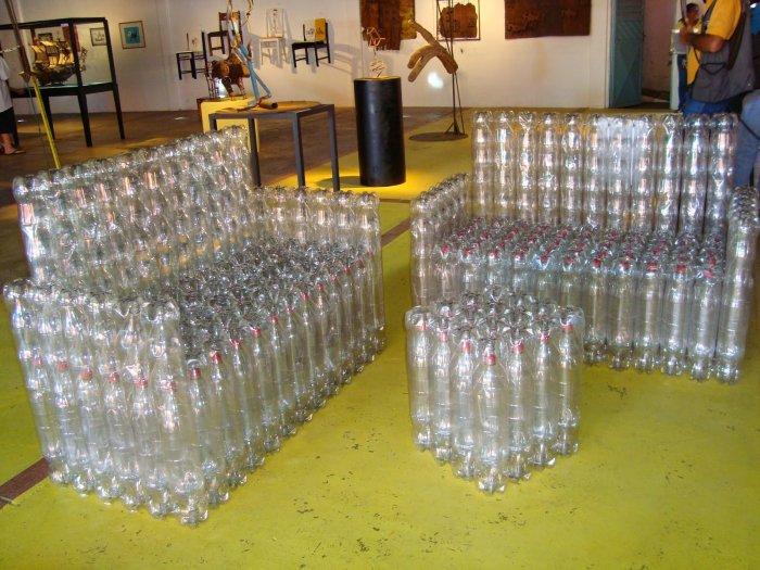 Поделки из пластиковых бутылок для дома и дачи (40)