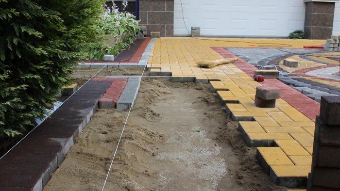 Укладка тротуарной плитки (65)