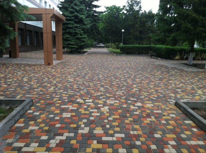 Укладка тротуарной плитки (92)