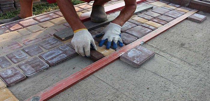 Укладка тротуарной плитки (94)