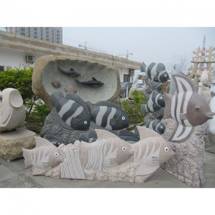 1Скульптура рыб из гранита-750x750