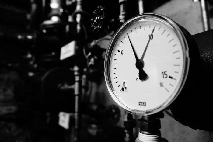 pressure-gauge-2292979_1920
