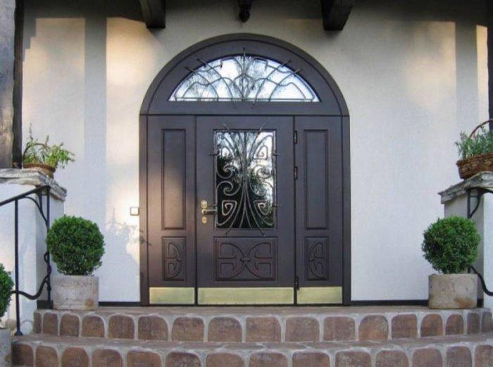 Что собой представляют арочные двери на заказ?