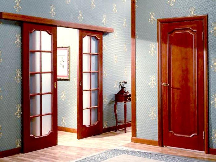 1341215398 door interior