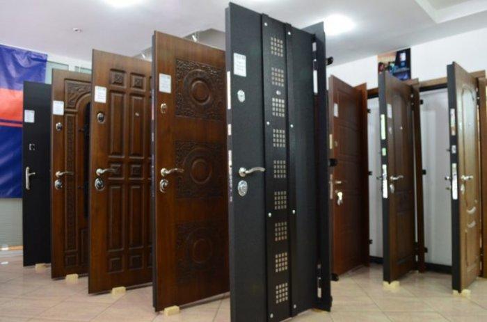 http://dveripodolsk.ru/product-category/vhodnye-metallicheskie-dveri/